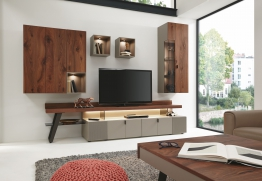 Wohnwand Astnussbaum Natur/ Fango Seidenmatt Woody 165-00008 Holz Modern